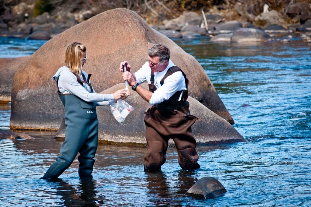 Water Quality Monitoring of the Eagle River